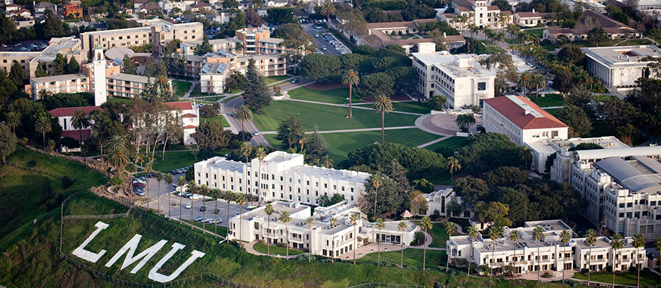 An overhead shot of the LMU Campus taken from a Helicopter.
